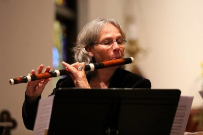 Image of Eva Amsler playing Baroque Flute